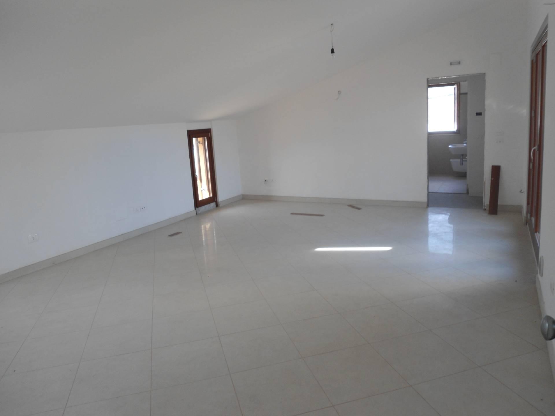 Attico / Mansarda in vendita a San Benedetto del Tronto, 4 locali, zona Località: PortodAscoli, prezzo € 220.000 | Cambio Casa.it