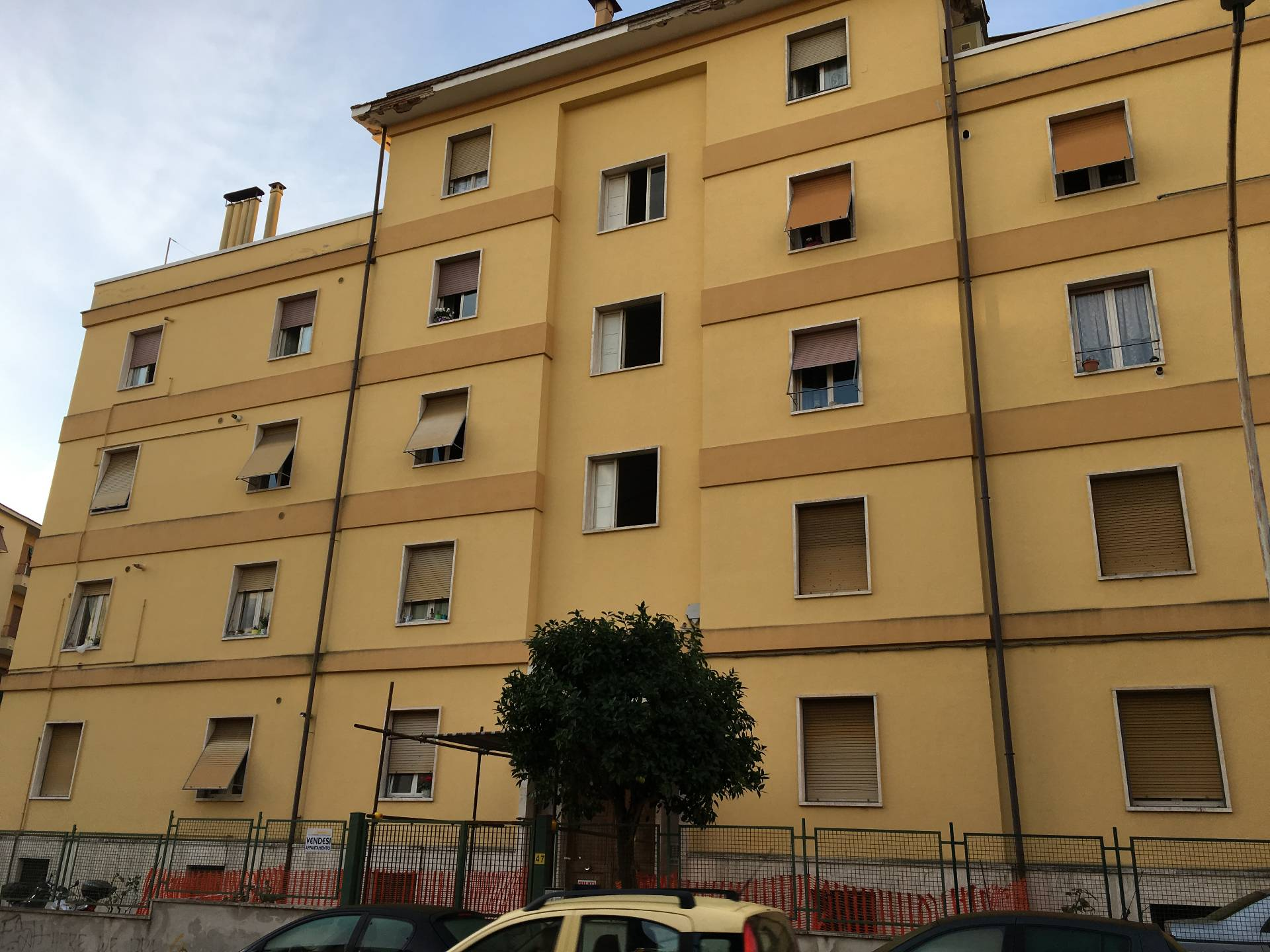 Appartamento in vendita a Ascoli Piceno, 4 locali, zona Località: PiazzaImmacolata, prezzo € 95.000 | Cambio Casa.it