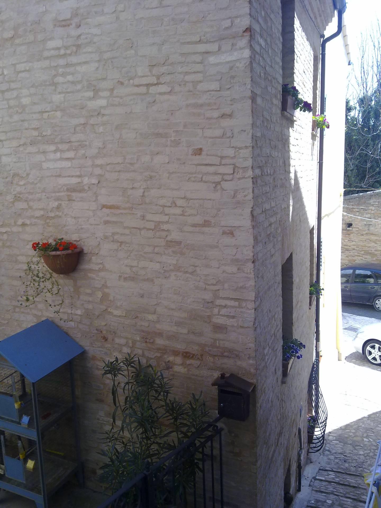 Soluzione Indipendente in vendita a Fermo, 5 locali, prezzo € 145.000 | Cambio Casa.it