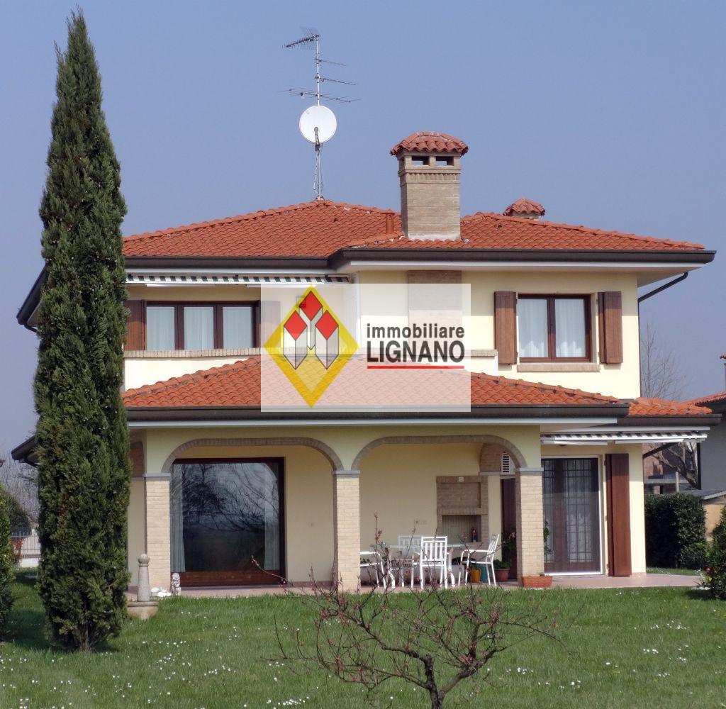 Villa in vendita a San Michele al Tagliamento, 10 locali, prezzo € 290.000 | Cambio Casa.it