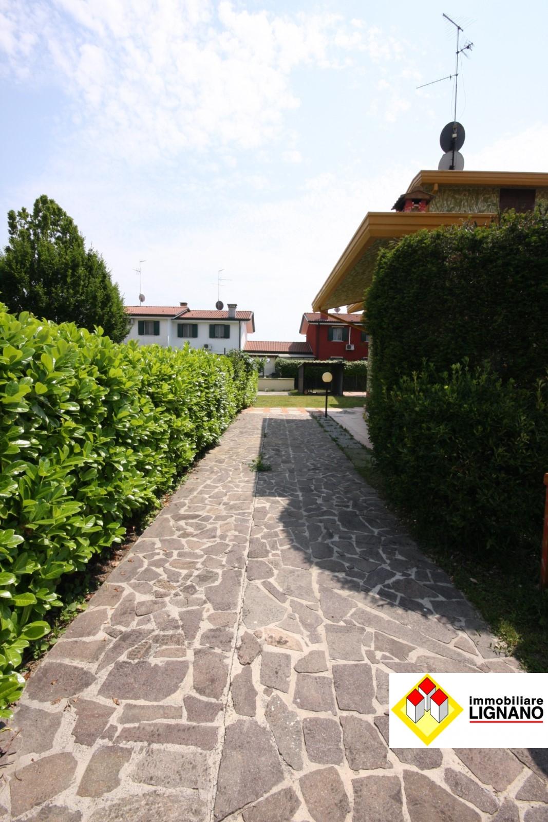 Villa in vendita a San Michele al Tagliamento, 7 locali, prezzo € 170.000 | CambioCasa.it