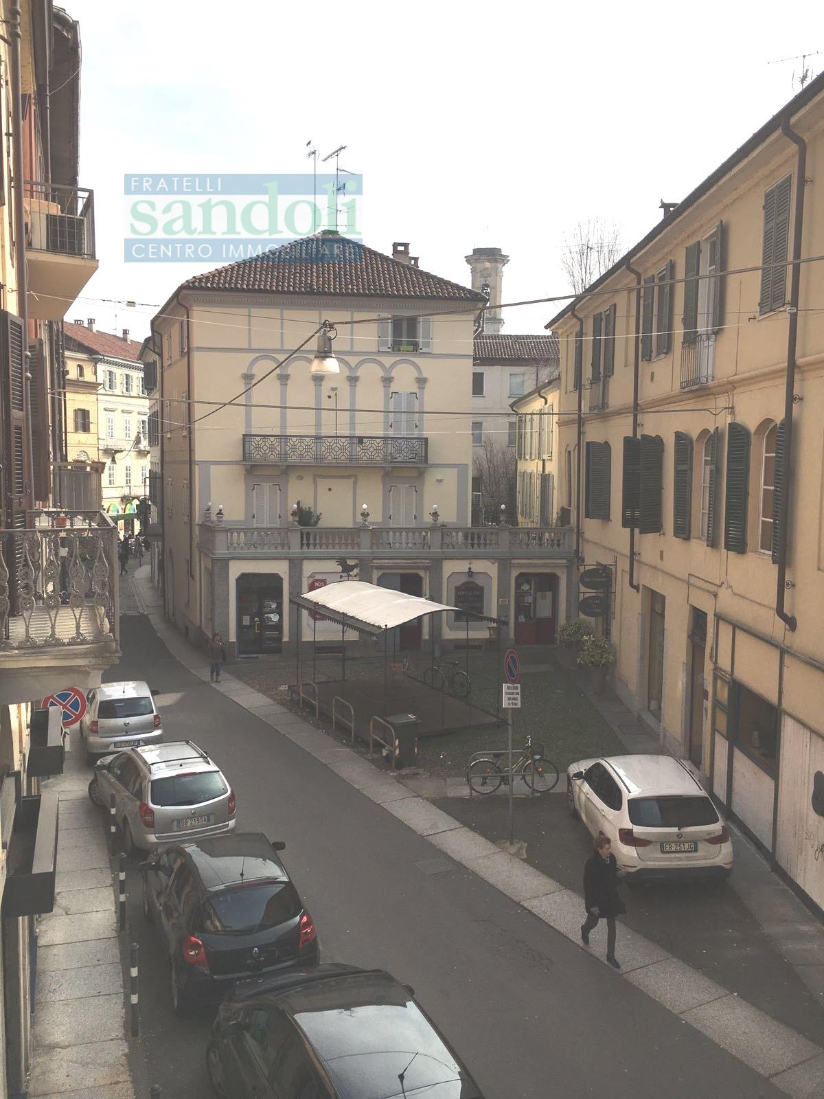 Bilocale Vercelli Via San Paolo 1