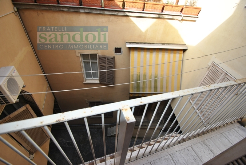 Bilocale Vercelli Via C. Gallardi 10