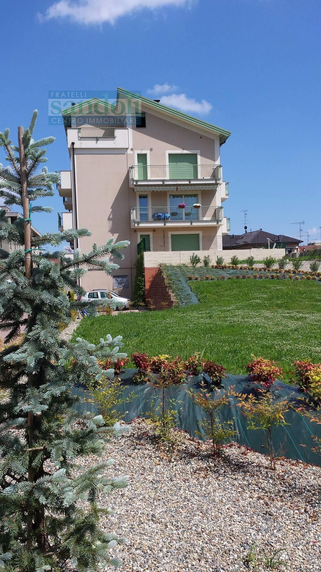 Bilocale Vercelli Via Lullo 3