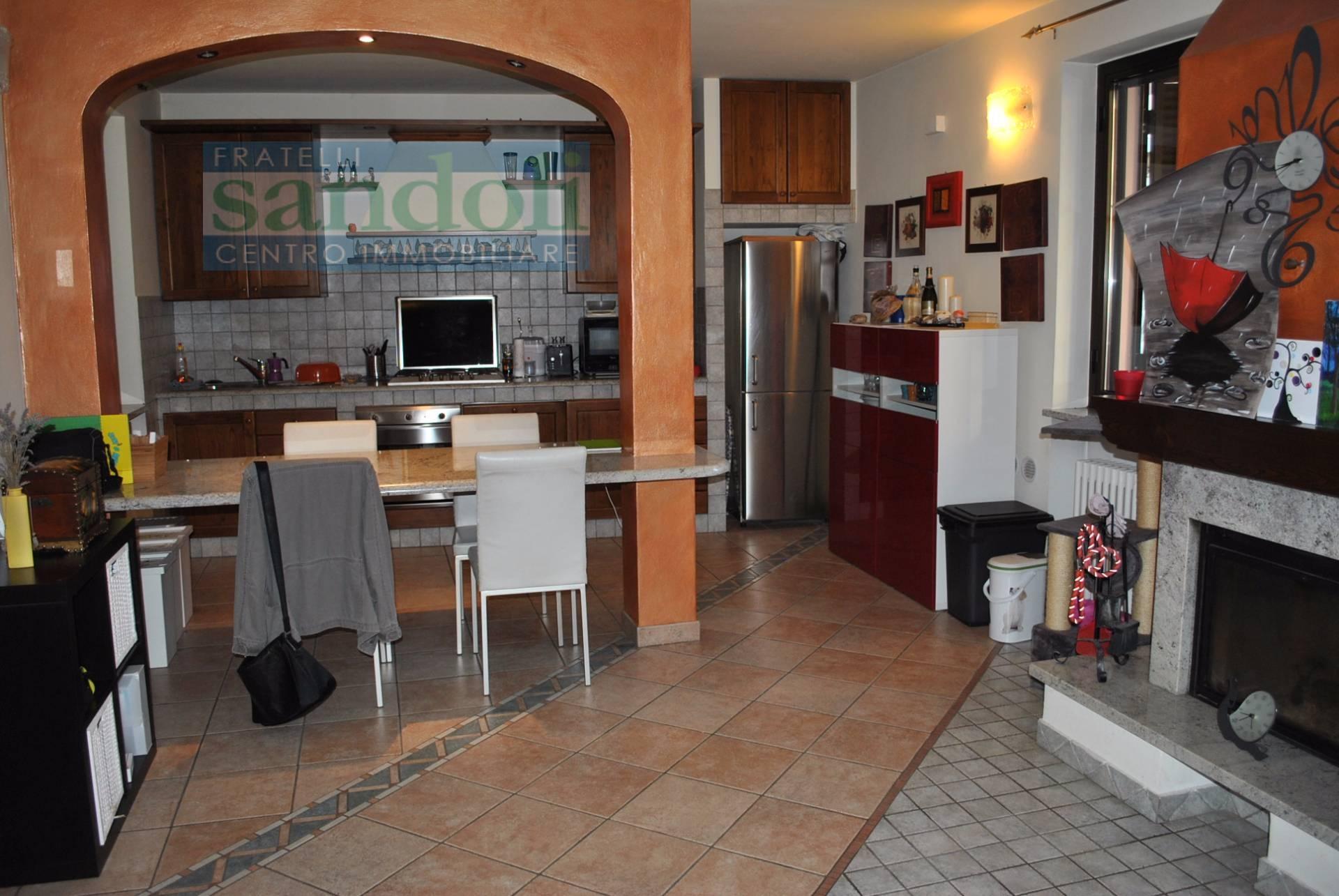 Bilocale Vercelli Via W. Manzone 2