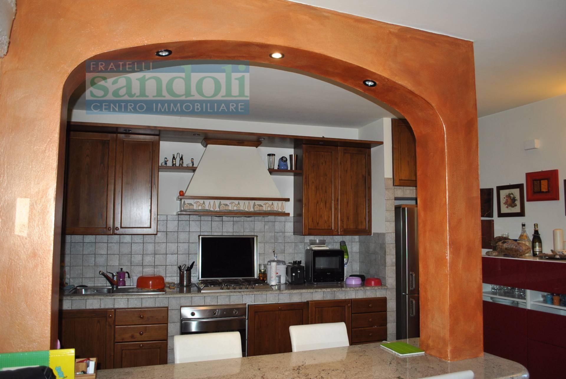 Bilocale Vercelli Via W. Manzone 3