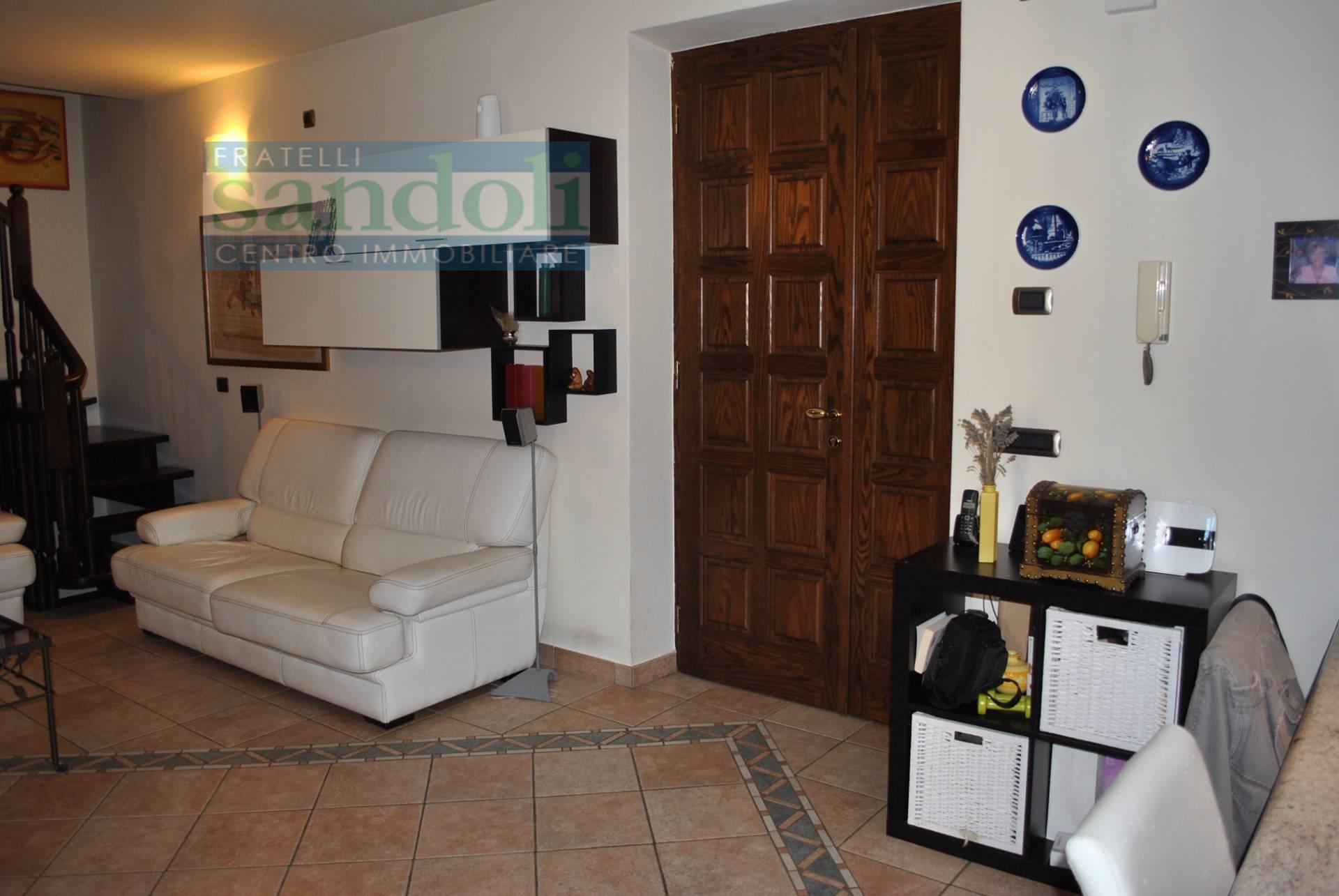 Bilocale Vercelli Via W. Manzone 8