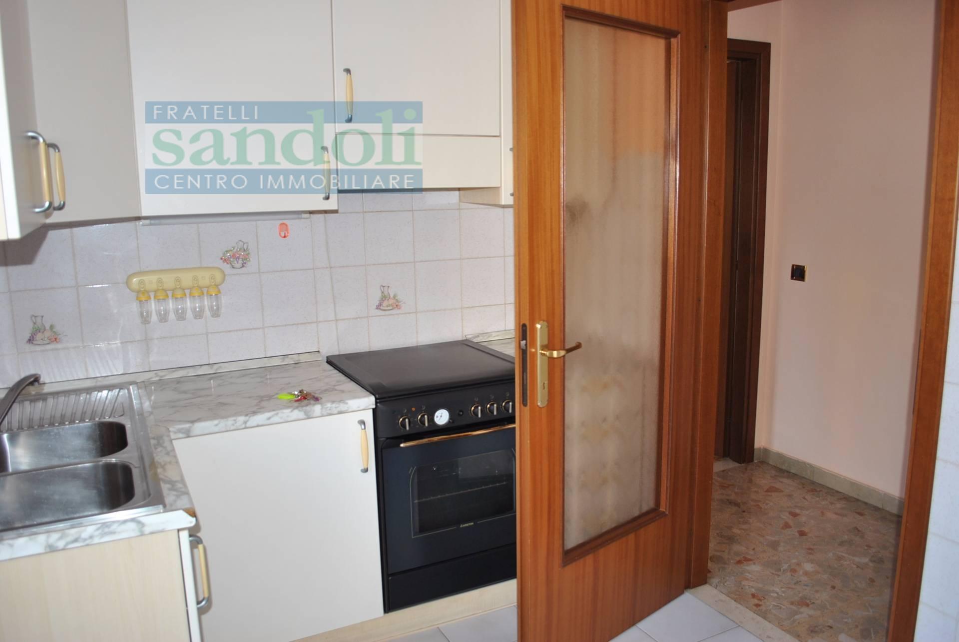 Bilocale Vercelli Via Carpini 3