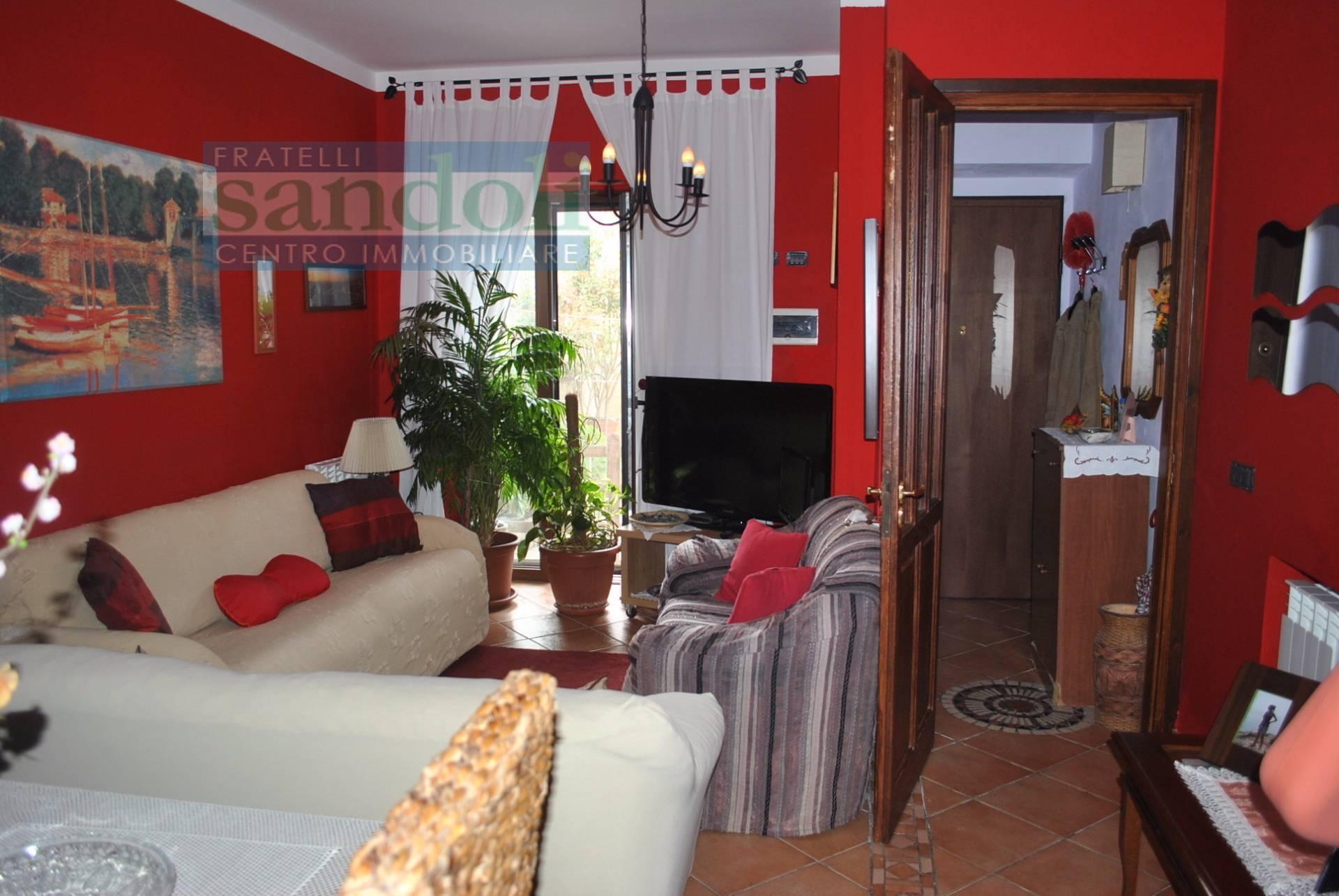 vendita casa indipendente pertengo 4 120  95.000 €