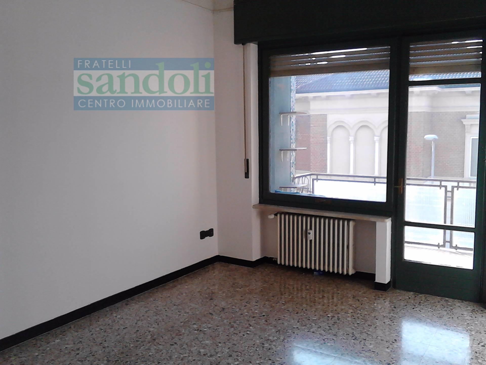 Bilocale Vercelli Via Agordat 2