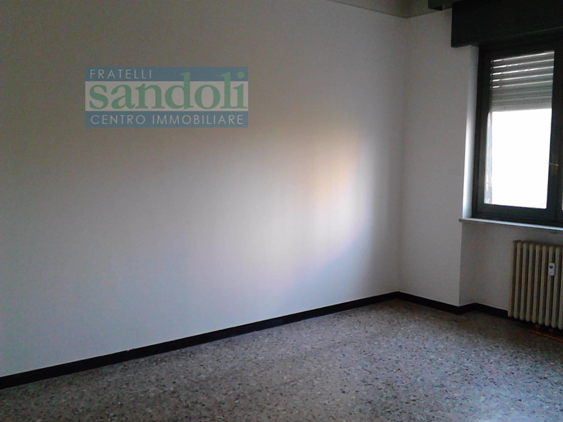 Bilocale Vercelli Via Agordat 3
