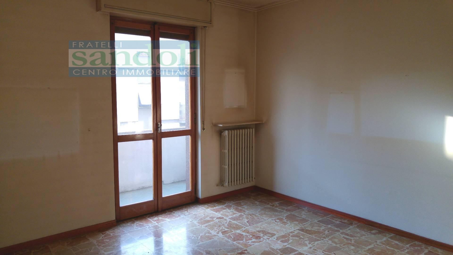 Bilocale Vercelli Via Trino 1