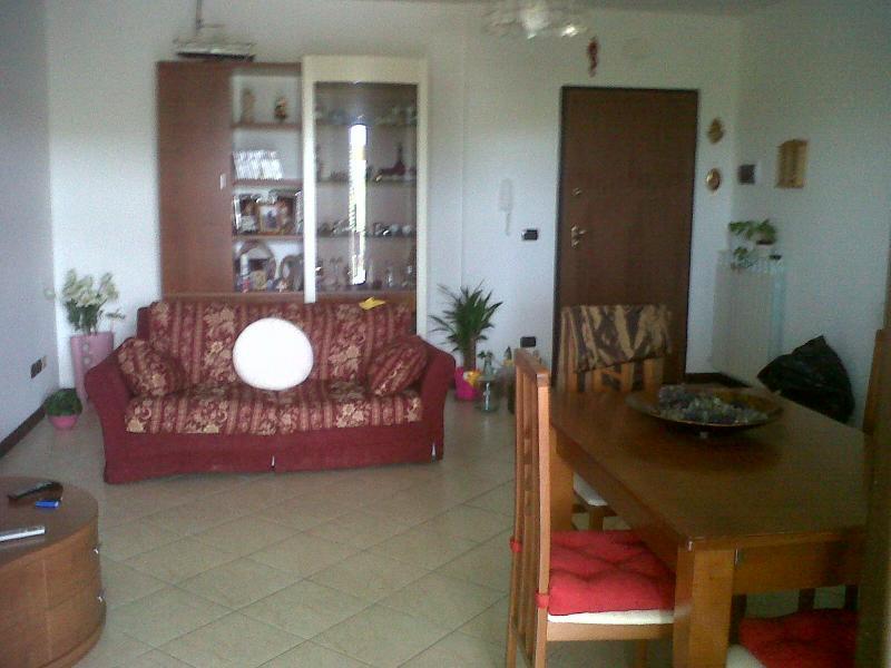 Appartamento in vendita a Spinetoli, 4 locali, zona Località: PagliaredelTronto, prezzo € 165.000 | Cambio Casa.it