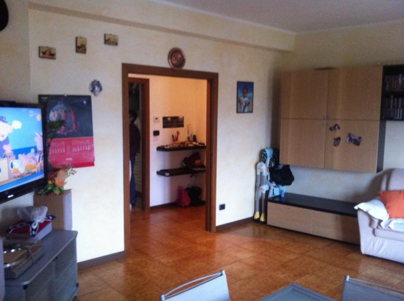 Appartamento in vendita a Folignano, 4 locali, zona Località: VillaPigna, prezzo € 120.000   Cambio Casa.it