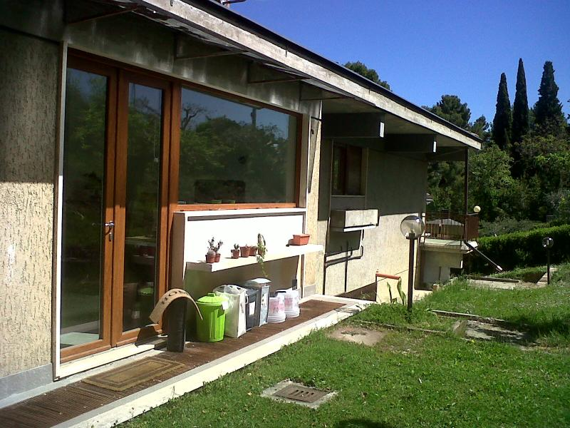 Villa in vendita a Ascoli Piceno, 9 locali, zona Località: CentroStorico, Trattative riservate | CambioCasa.it