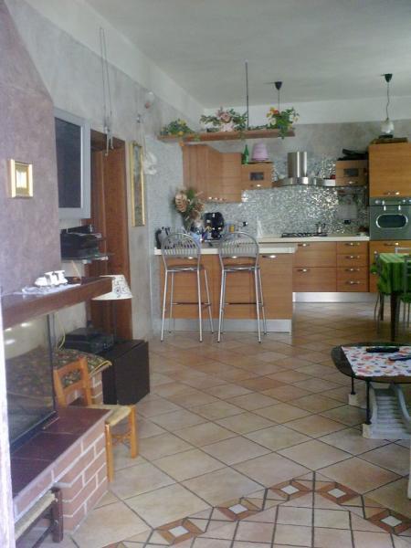 Appartamento in vendita a Ascoli Piceno, 3 locali, zona Località: CampoParignano, prezzo € 145.000   Cambio Casa.it