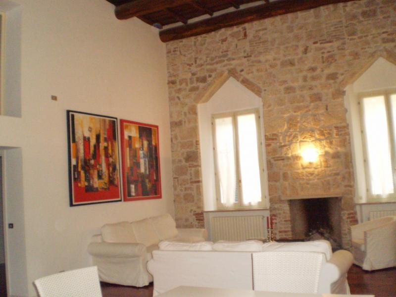 Appartamento in affitto a Ascoli Piceno, 5 locali, prezzo € 700 | CambioCasa.it