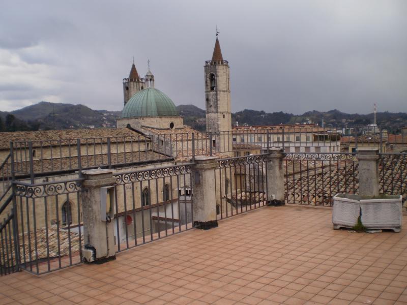 Appartamento in affitto a Ascoli Piceno, 4 locali, prezzo € 800 | CambioCasa.it