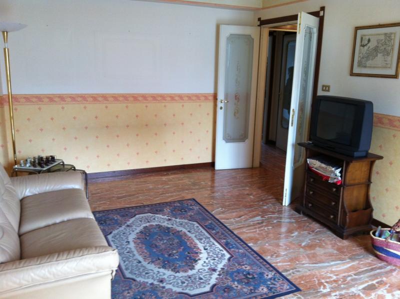 Appartamento in vendita a Ascoli Piceno, 4 locali, prezzo € 140.000 | CambioCasa.it