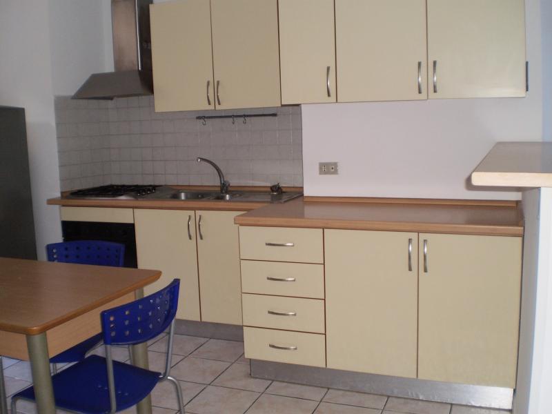 Appartamento in affitto a Ascoli Piceno, 2 locali, prezzo € 350 | CambioCasa.it