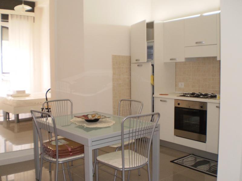 Appartamento in affitto a Ascoli Piceno, 2 locali, prezzo € 385 | Cambio Casa.it