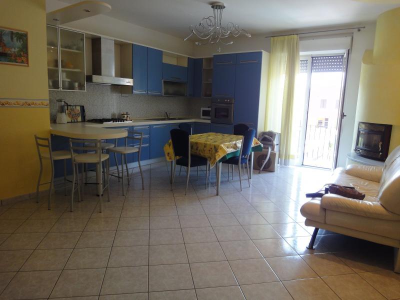 Appartamento in affitto a San Benedetto del Tronto, 3 locali, zona Località: PortodAscoli, Trattative riservate | CambioCasa.it