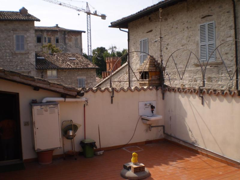 Appartamento in vendita a Ascoli Piceno, 4 locali, zona Località: CentroStorico, prezzo € 260.000 | Cambio Casa.it
