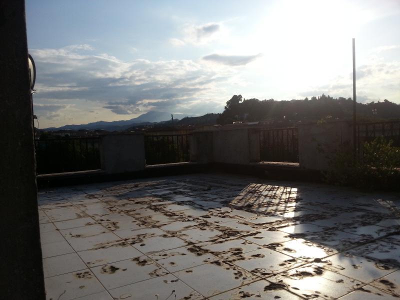Appartamento in vendita a Ascoli Piceno, 6 locali, zona Località: CampoParignano, prezzo € 150.000 | Cambio Casa.it