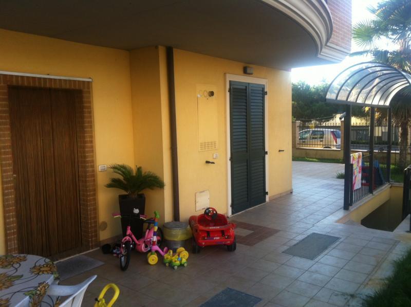 Appartamento in vendita a Monteprandone, 2 locali, zona Zona: Centobuchi, prezzo € 145.000 | CambioCasa.it