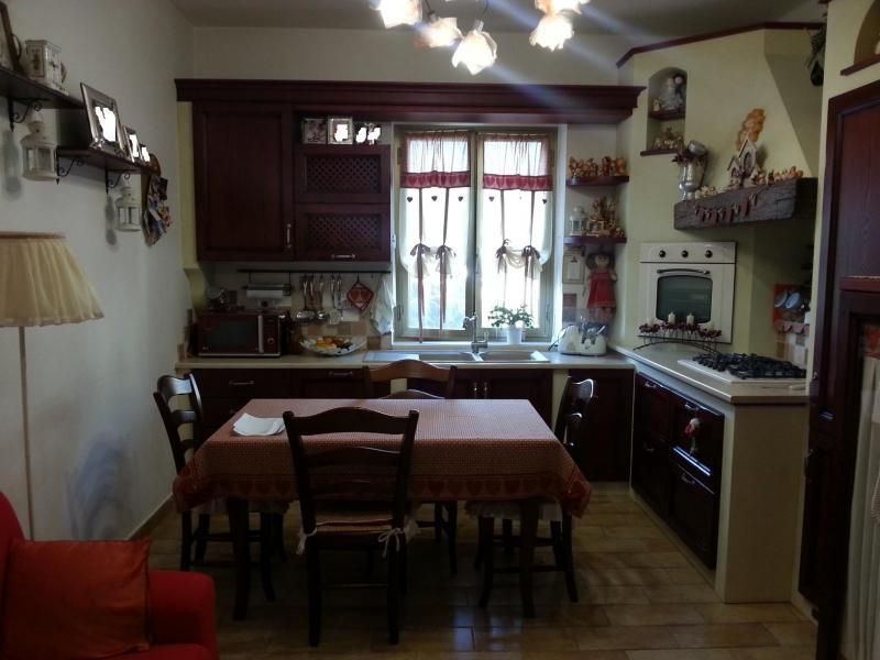 Appartamento in vendita a Ascoli Piceno, 2 locali, zona Località: BorgoSolestà, prezzo € 130.000 | Cambio Casa.it