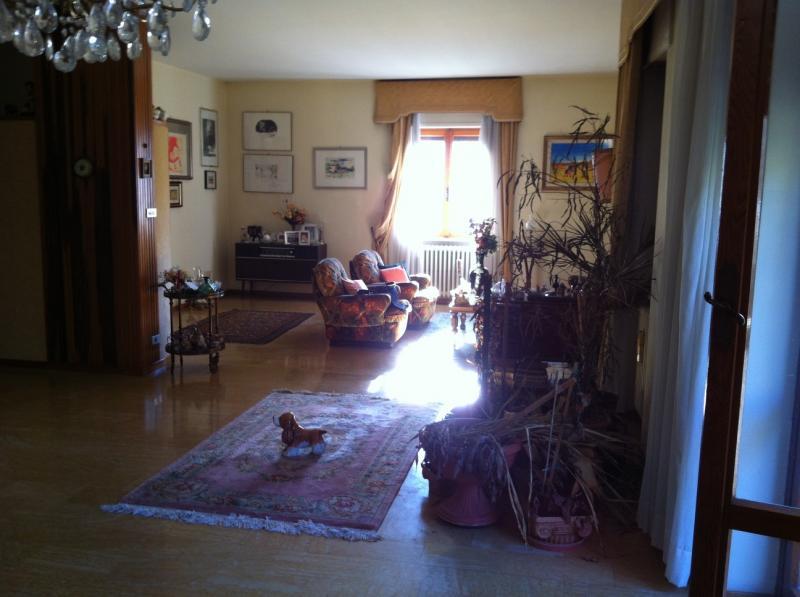 Appartamento in vendita a Ascoli Piceno, 5 locali, zona Zona: Piazzarola, prezzo € 250.000 | Cambio Casa.it
