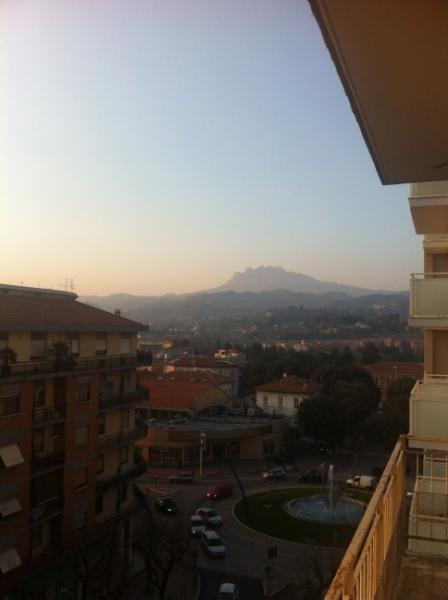 Appartamento in affitto a Ascoli Piceno, 4 locali, prezzo € 400 | Cambio Casa.it