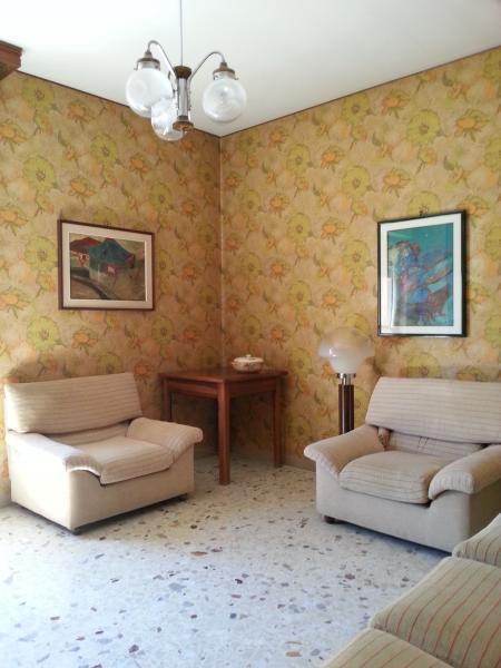 Appartamento in vendita a Ascoli Piceno, 5 locali, zona Località: BorgoSolestà, prezzo € 180.000 | CambioCasa.it