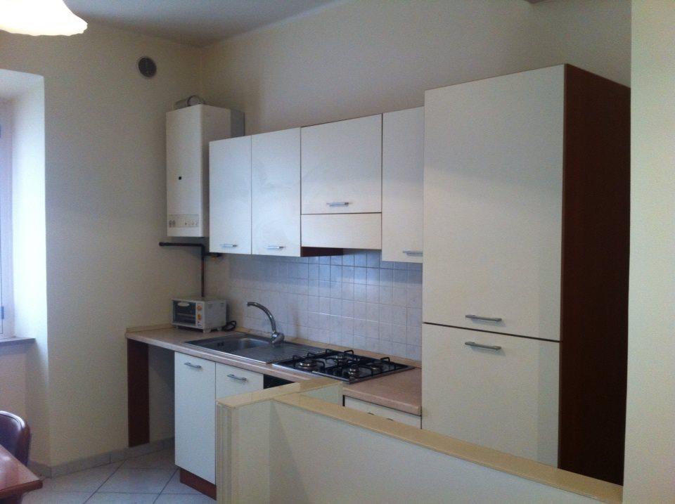 Appartamento in affitto a Ascoli Piceno, 4 locali, prezzo € 400 | CambioCasa.it