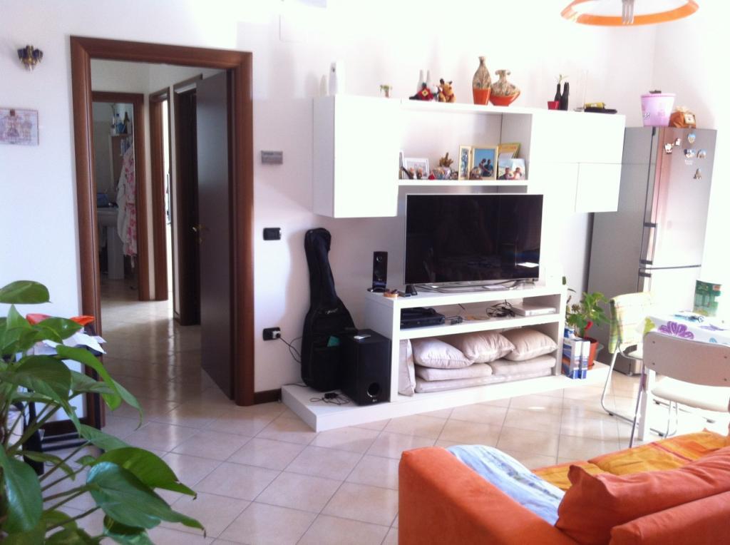 Appartamento in vendita a Spinetoli, 3 locali, zona Località: PagliaredelTronto, prezzo € 135.000 | Cambio Casa.it