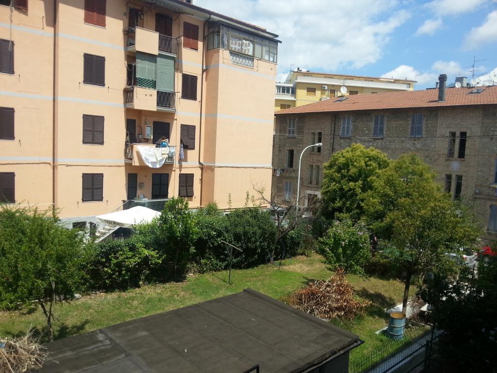 Appartamento in vendita a Ascoli Piceno, 3 locali, zona Località: BorgoSolestà, prezzo € 68.000 | Cambio Casa.it