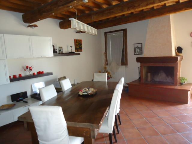 Villa Bifamiliare in Vendita a Canaro