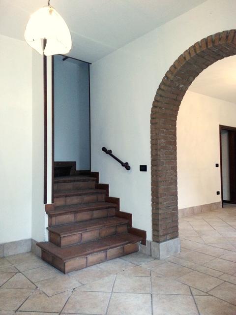 Villa a Schiera in vendita a Pincara, 8 locali, prezzo € 79.000 | Cambio Casa.it