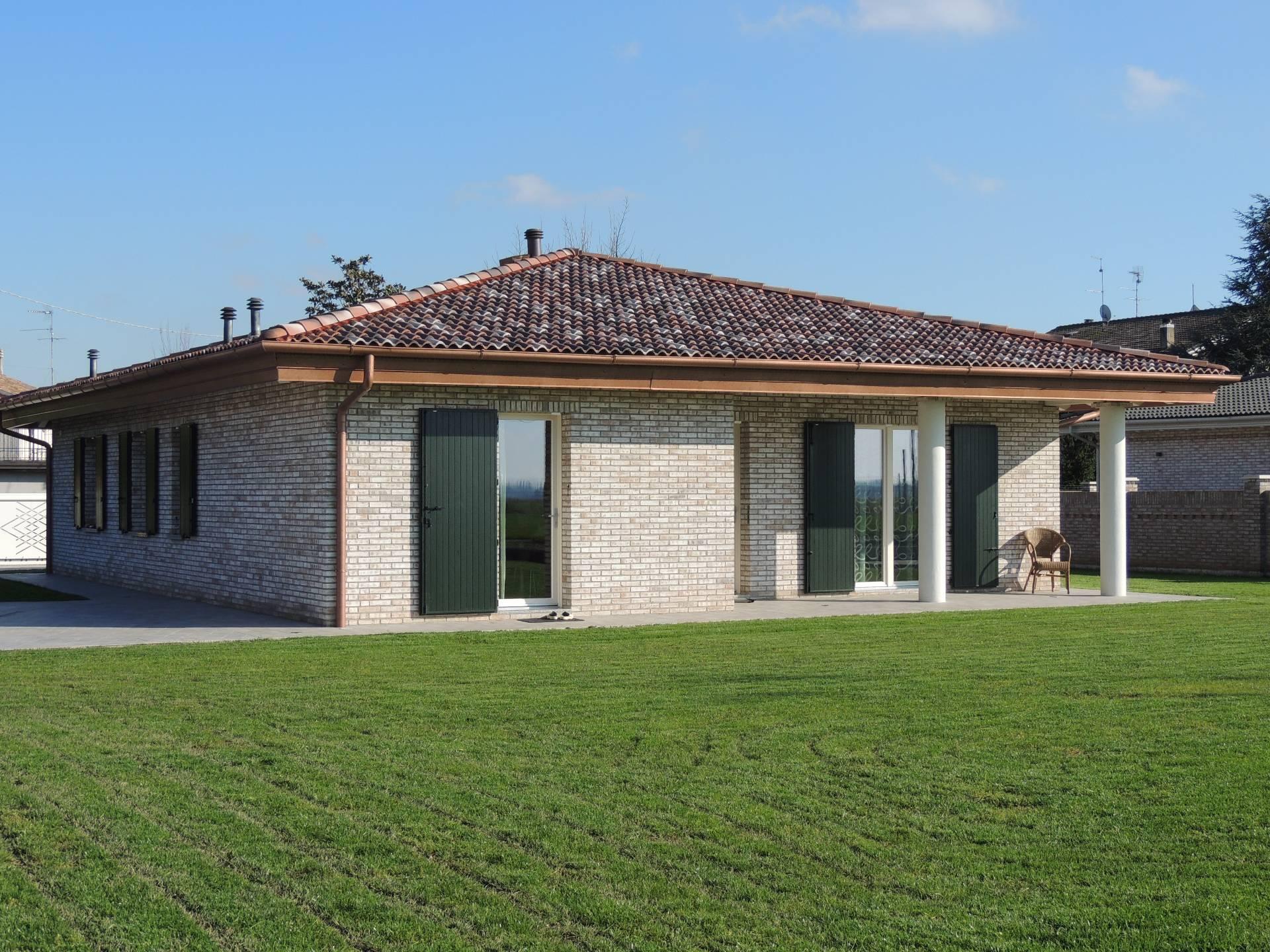 Villa in vendita a Vigarano Mainarda, 6 locali, prezzo € 499.000 | Cambio Casa.it