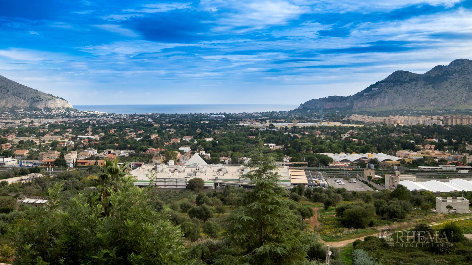 Villa in vendita a Palermo, 18 locali, zona Località: TommasoNatale, prezzo € 1.190.000 | CambioCasa.it