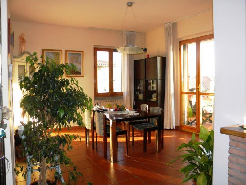 Appartamento in vendita a Loro Ciuffenna, 5 locali, zona Zona: Centro, prezzo € 250.000   Cambio Casa.it