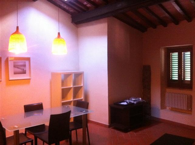 Appartamento in vendita a Loro Ciuffenna, 2 locali, zona Zona: Centro, prezzo € 145.000 | CambioCasa.it