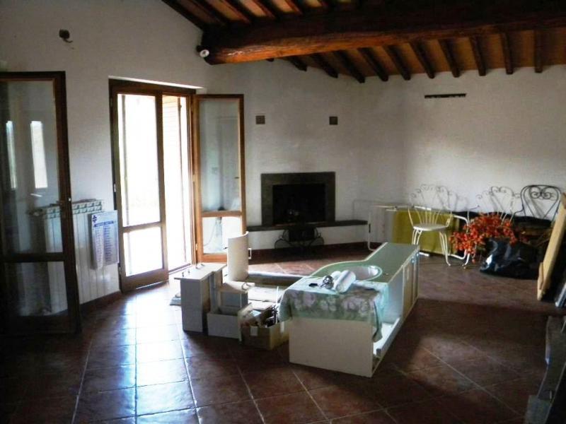 Villa in vendita a Terranuova Bracciolini, 5 locali, zona Zona: Campagna, prezzo € 350.000 | Cambio Casa.it