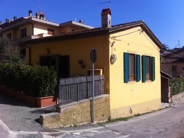 Soluzione Indipendente in vendita a Cavriglia, 2 locali, zona Zona: Centro, prezzo € 130.000 | CambioCasa.it