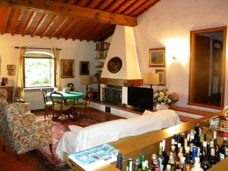 Villa in vendita a Bucine, 6 locali, zona Zona: Levane, prezzo € 570.000 | Cambio Casa.it