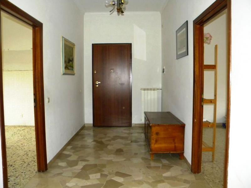 Appartamento in vendita a Castelfranco Piandiscò, 4 locali, zona Località: Centro, prezzo € 130.000 | Cambio Casa.it