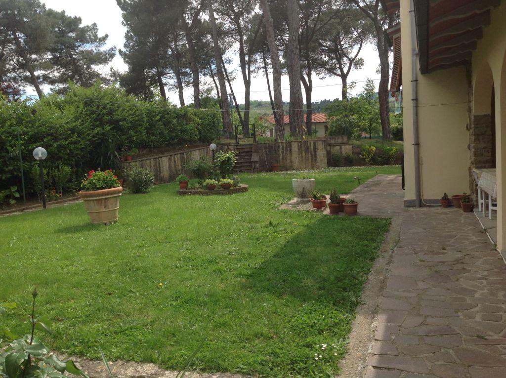 Villa in vendita a Cavriglia, 7 locali, Trattative riservate | Cambio Casa.it