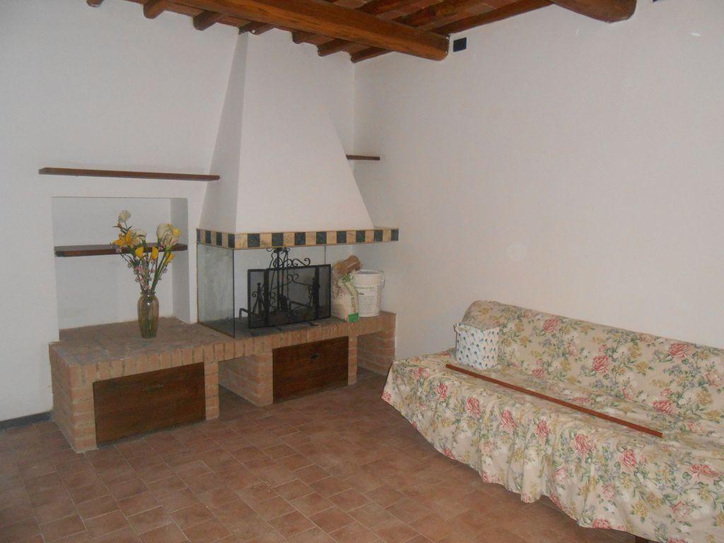 Appartamento in affitto a San Giovanni Valdarno, 4 locali, prezzo € 500 | Cambio Casa.it