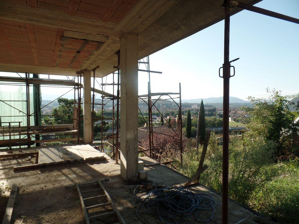 Villa in vendita a San Giovanni Valdarno, 4 locali, prezzo € 130.000   Cambio Casa.it
