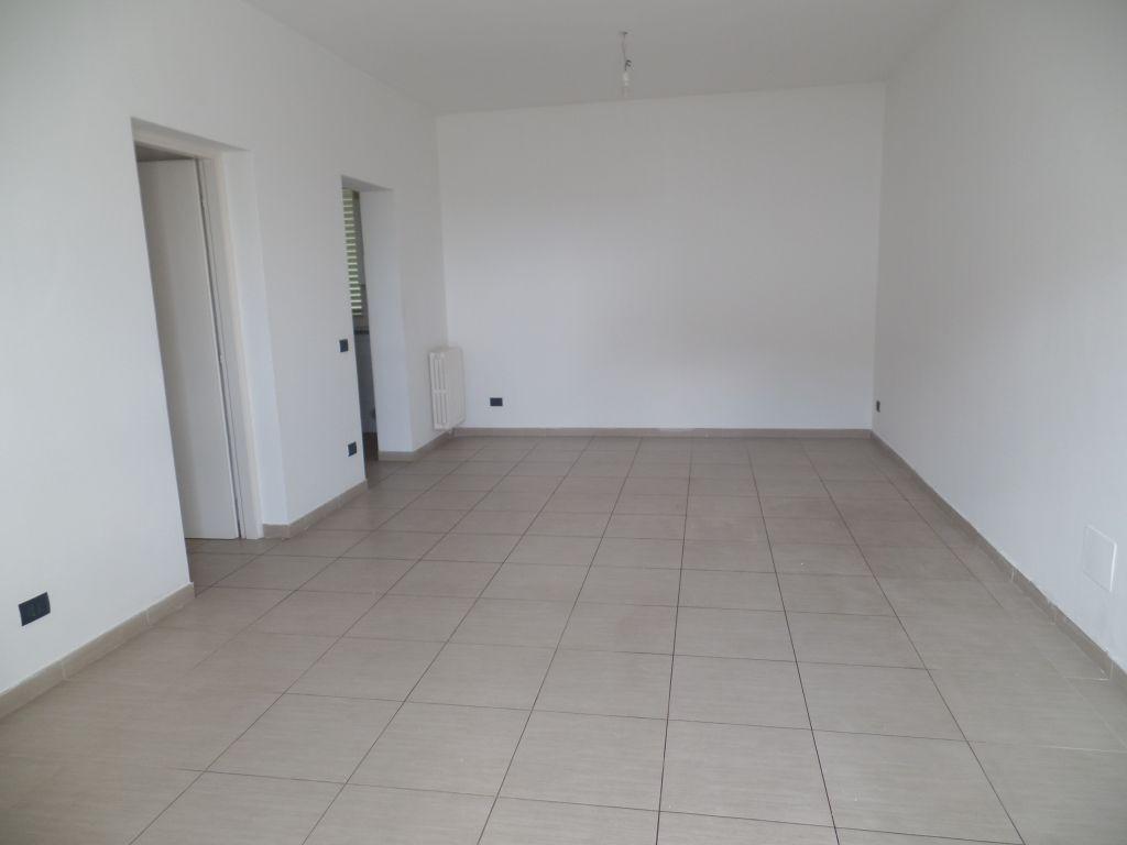 Appartamento in vendita a Loro Ciuffenna, 3 locali, prezzo € 150.000 | Cambio Casa.it